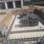 Igang med beton fundament til pool